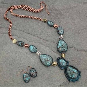 Jewelry - Western Burnished Faux Turquoise Necklace Set